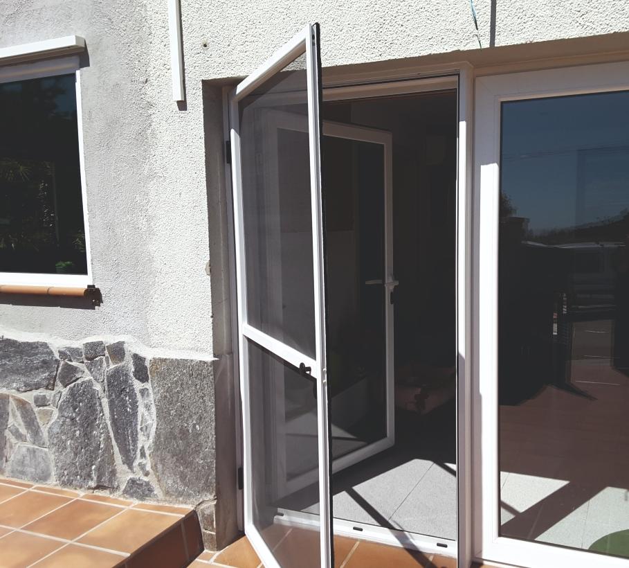 Porta Mosquiteira - Imagem 1